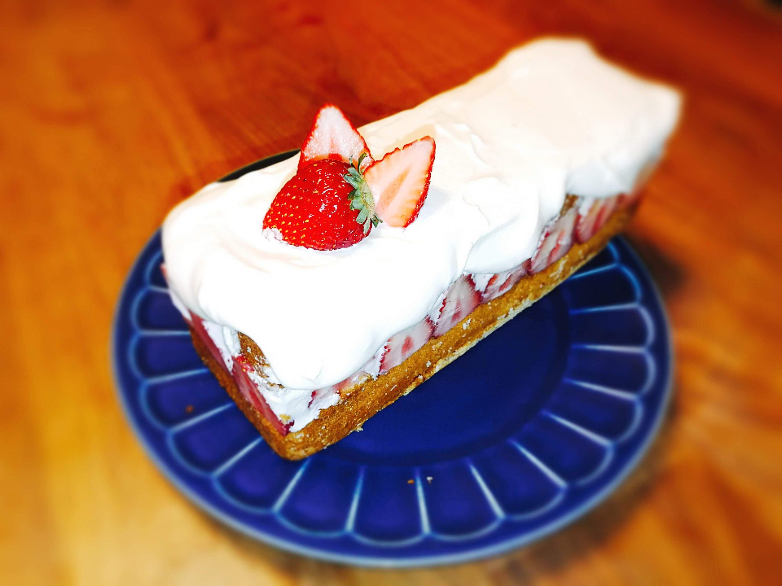 イチゴのショートケーキ パウンド型 レシピ