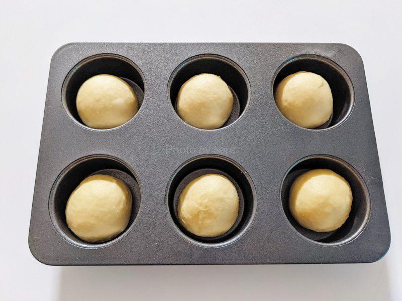 シュガーバターパン マフィン型 レシピ 簡単 菓子パン生地